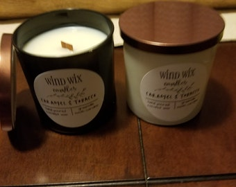 Coconut wax candle with wooden wick