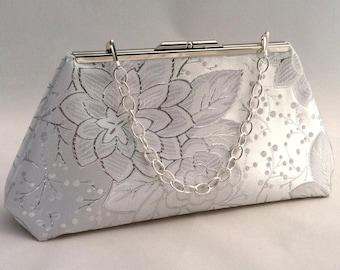 Silver Metallic and White Purse Clutch ~ Silver and White Bridesmaid Handbag ~ Silver Bridal Purse