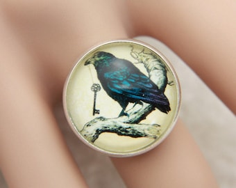 Raven and key Ring, Raven ring, key ring, gothic jewelry, gothic ring,  (2020B)