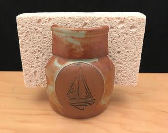 Sailboat sponge holder