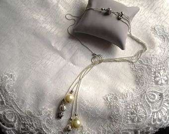 Necklace Pearly beads and metal beads
