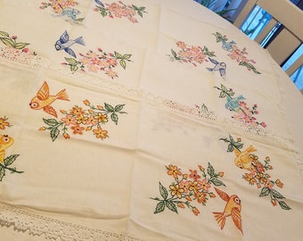 3 vintage table runners with hand embroidered bird motif and lace trim