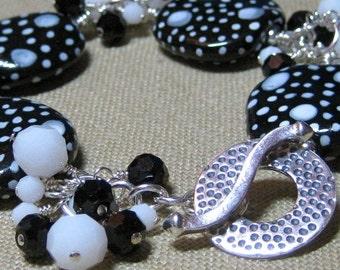 It's Black & White to Me Cluster Station Bracelet - B185
