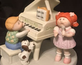 Vintage Cabbage Patch Ceramic Figure Special Thoughts 1985 Collectible Numbered Singing with Piano