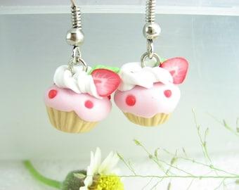 Strawberry cupcake earrings, cupcake jewelry, food earrings, food jewelry, cupcake gifts, gift for her, pink earrings, food gifts, cute