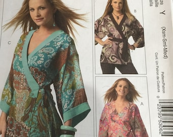 McCall's M5233 5233 Woman's Day Collection Empire Top New Pattern 4-6-8-10-12-14