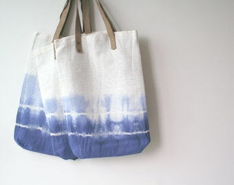coin bolsos - blue tie dye on soft cotton tote . shopping tote. summer tote. beach tote. minimalist tote