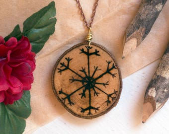 Snowflake Necklace, Snowflake Jewelry, Wood Slice Necklace, Long Snowflake Necklace, Wooden Snowflake, Winter Necklace, Christmas Necklace