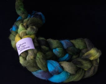 Dorset Horn fibre. UK indie dyer. Hand dyed DH fibre. Braid of fibre. Fiber for spinning. Fibre arts supplies. Fibre for spinning.