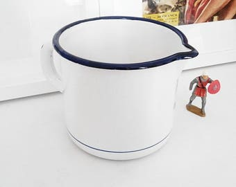 Email 1 liter measuring cup