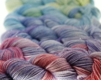 Mini-Skeins Fingering Yarn Variegated Dyed  - Pixie Dust