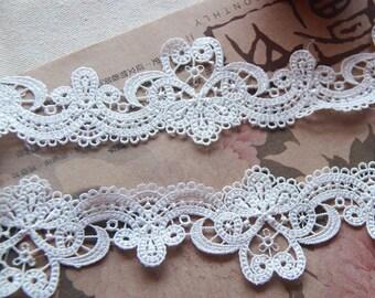 "2 Yards Lace Trim White Retro Flower Floral Lace Fabric Wedding Trim 1.96"" width"