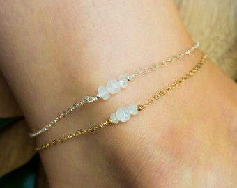 Rainbow moonstone ankle bracelet. Moonstone anklet. Handmade jewelry gift for her. Gemstone anklet. June birthstone crystal anklet.