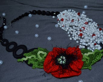 "Necklace ""Red Poppy"""