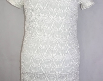 White lace 20's inspired dress *small tear on bottom left side*