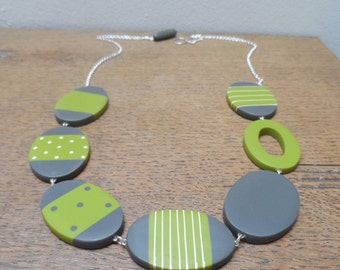 Resin necklace - green and charcoal ovals