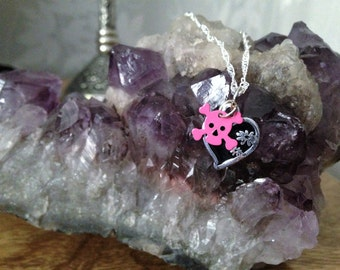 Necklace Black Heart and Skull Goth Gothic Rocker Rock Chick Dark Cute Kawaii Lolita Wicca Emo Metal Creepy Pink Pastel Goth