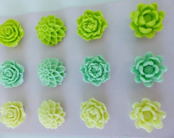 12 4 flower cabochons resin flowers, and 3 different colors in shades shades of green 20mm