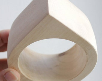 40 mm Wooden bangle unfinished rounded triangular - natural eco friendly NE2-40