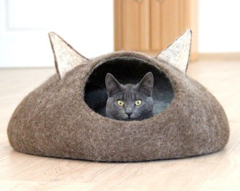Pets bed, Cat bed, cat cave, cat house, ecofriendly handmade felted wool cat bed, natural brown and natural light cat bed, gift for pets