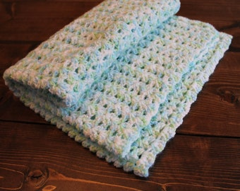 Lightweight baby blanket, neutral tones