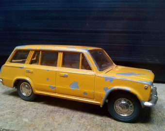 VAZ 2102 Vintage model 1:43 metal Soviet USSR Russian Under the restoration toy car