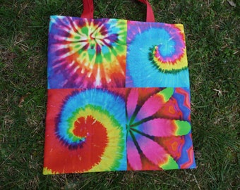 Multicolor Tote in bright colors.