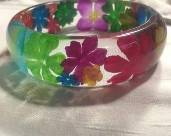 Colorful bangle bracelet