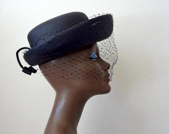 1950s Black Hat / wide brim straw hat with veil / vintage sunday best