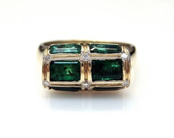 14k White Gold Baguette Cut Emerald 0.08 ct Diamonds Accent Ring