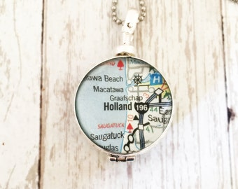 Glass Locket Necklace - Personalized Locket - Insert Your Own Photo Picture Map or Keepsake. Double Sided Round Locket Jewelry - Heirloom