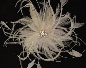 Ivory & White handmade in the USA Bridal Wedding Fascinator Feather Hair Clip Rhinestone ostrich