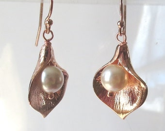 Rose Gold Cala Lily Earrings with Cream Rose Pearls