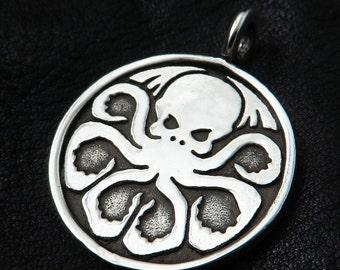 Silver Cthulhu pendant