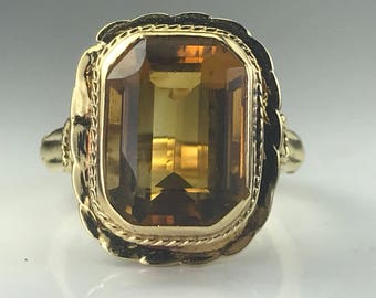 Vintage Citrine Ring in 14K Yellow Gold. 7+ ct. Unique Engagement Ring. November Birthstone. 13th Anniversary Gift. Arthritic Closure Band.
