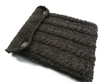Knitted iPad cozy, iPad sleeve, handspun wool, lined,