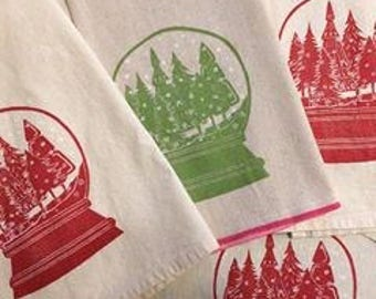 Free US shipping! Snowglobe Block Printed Flour Sack Towel-100 % cotton kitchen towel-Hostess Gift, Holiday Decor