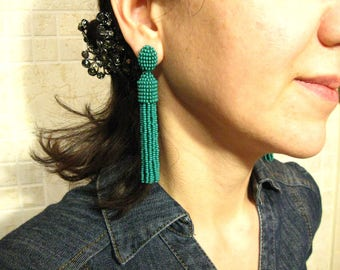 Beaded Dark Green Tassel Earrings on Studs/Clips Oscar De La Renta, Dark Green Earrings, Dark Green Oscar Earrings, Dark Green Tassel