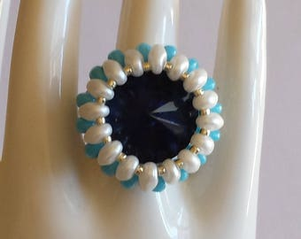 Ring - Navy Blue rivoli and superduos beads white and blue