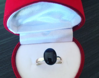 Adjustable ring in 925 Silver and cabochon star Diopside