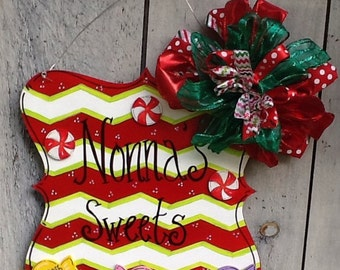 Grandmas sweets sign, nonna sweets sign, Grammies sweet sign, christmas family sign, gingerbread sign, family door sign, candy door sign