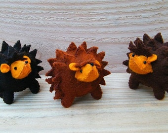 Felt nature table - Happy Hedgehogs - DIY felt kit