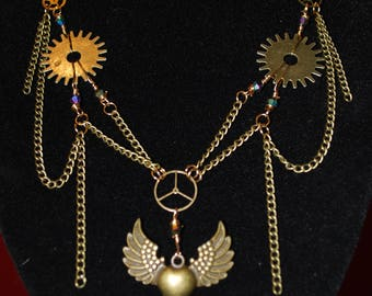 Steampunk Style winged heart pendant and earrings