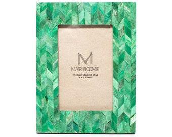 Artemis Frame - Emerald 4x6, Handmade, Fair Trade, India