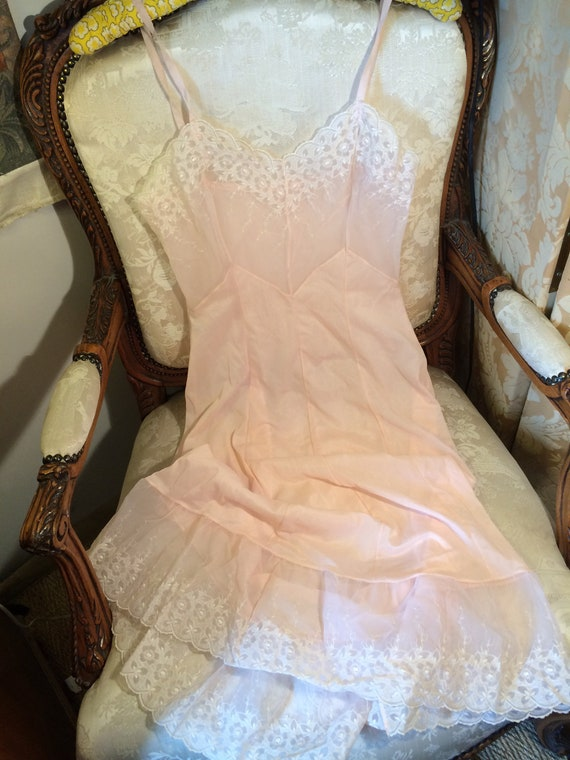 Stunning pink 50's broderie edged pretty long petticoat. Vintage. Good