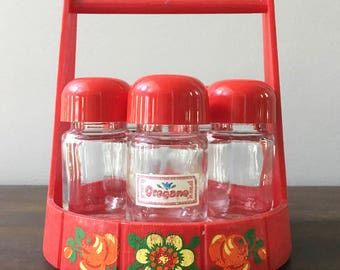 Red Spice Rack / Retro Kitchen / Vintage Red Spice Bottles  / Kitschy Kitchen / Counter Top Spice Rack / Emsa W. Germany