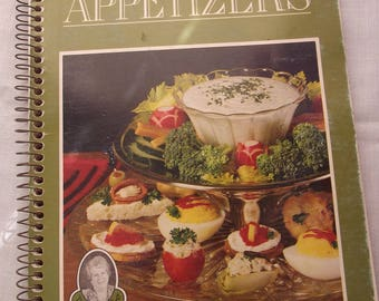 Vintage Cookbook - Mirriam B. Loo's All Occasion Appetizers - from 1982 - Current Inc.
