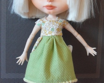BLYTHE DOLL -- Cotton Dress made for Blythe With Deep Side pockets--