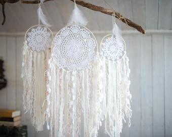 Doily Dreamcatcher set 3 pieces, White Gold dreamcatchers set, Bohemian wedding, Wedding dream catchers set, Boho wedding decor, Baby shower