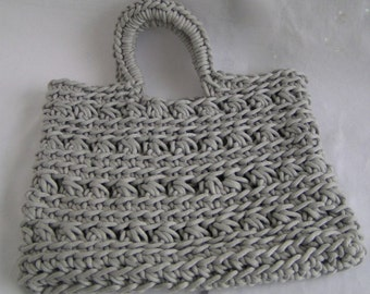 shopper in ribbon yarn